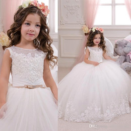 gold children 2020 - 2018 White Lovely Princess Flower Girl's Dress Sheer Crew Neck Beaded Lace Appliques Ball Gown Long Wedding Party D