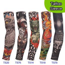 5 PCS new mixed 92% Nylon elástico falso manga tatuagem temporária projeta corpo braço meias tatoo para homens mulheres cool em Promoção