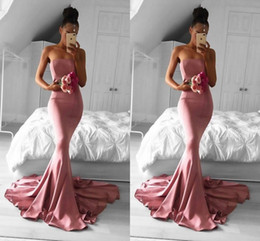 Barato Barato Strapless Cetim Longo Vestidos-2018 Simples Cheap New Design Pink Mermaid Prom Dresses Strapless Satin Court Train Long Vestidos formidáveis ​​de festa à noite Custom Made