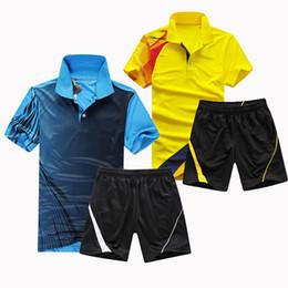 Hot new tênis de mesa homem / mulher (camisa + calções) roupas de tênis de mesa respirável terno seco rápido em Promoção