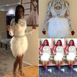 Vestidos de cóctel de plumas atractivas mangas largas vaina de encaje vestido de baile de fin de curso corto Applique baratos Mini vestido de fiesta formal