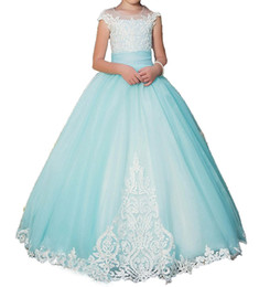 $enCountryForm.capitalKeyWord UK - 2017 New Mint Green Lace Flower Girl Dresses Kids First Communion Dress Ball Gown Lace Pageant Gowns gowns for girls Free Send petticoat 080