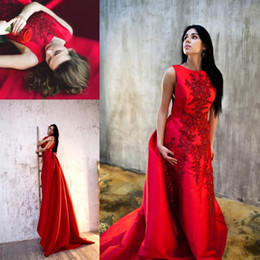 ArAbic queen online shopping - Red High Neck Queen Style Sleeveless Lace Applique Beads Satin A Line Prom Dresses Open Back Court Train Evening Dresses Arabic BA1318