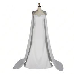 8bb1ad559b5 Мода Знаменитости Белый Ковер Платье С Мысом Длина Пола Бесплатная Доставка  2017 Зимняя Коллекция Русалка Стиль Вечернее Платье