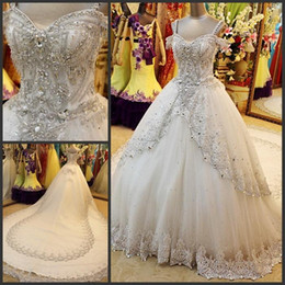 $enCountryForm.capitalKeyWord Canada - Newest Ball Gown Sparkling Wedding Dresses Luxurious Crystal Beaded Custom Made Bridal Gown Spaghetti Sexy Chapel Train Lace Applaiques