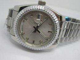 $enCountryForm.capitalKeyWord Canada - Free shipping New fashion high quality gold face Date Mens Automatic Watch wrist watch R40