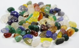 Crystal Chips Canada - 50g Natural rainbow Agate Gravel Quartz colorful Crystal Rock Chips Degaussing crystal love natural stones polished minerals fish tank stone