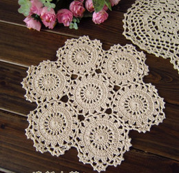 wholesale crochet mat Canada - Handmade Crocheted Doilies applique tableware Mat pad Round Vintage wedding home decoration 100PCs Coasters 25cm White