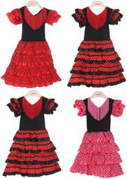 Venta al por mayor de Vestido de niñas bebés Material de poliéster Vestidos flamencos de niña de tres colores y vestido de baile flamenco español de alta calidad PT004