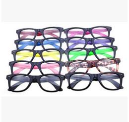 21f0f4a59 Moda Nova Moldura Óptica Óculos de Armação de Plástico Óculos de Armação  Preta Templos Coloridos Sem Lente Óculos Baratos