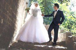 Discount simple high neckline wedding dress - 2017 Muslim Lace Wedding Dresses High Neckline Beads Church Garden Bridal Gowns Wedding Gowns Robe de maree Custom BA101