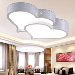 Wholesale Contemporary Modern Ceiling Lighting For Living Room Fashion LED Light Fixture Heart Shaped Creative Dimmer Lamps Home