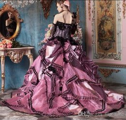 Robes De Bal Noir Et Rose Pas Cher-Vintage Black and Pink Lace Ball Gown Robes de mariée Bustier Long Sleeves 2015 Gothic Victorian Halloween Party Corset Long Robes de mariée