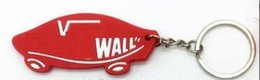 Chinese  off the wall Figure keychains keyrings women handbag charms pendant metal key finder luxury man car key rings manufacturers