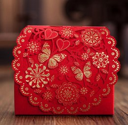 Bonbon De Mariage De Style Européen Pas Cher-100pcs style européen rouge boîte de mariage boucle Candy Boxs 2016 nouveau Hollow out fleur Laser Cut Wedding Candy Gift Box TH157