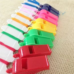 Colorful Whistles NZ - Colorful plastic Whistle!Cheap hot popular Noise maker for sport game party Christmas!Lovely chic Whistles Wholesale