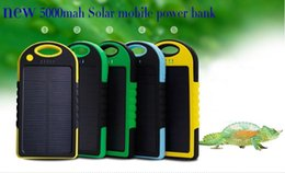 Solar Power Bank Iphone Canada - 5000mAh Portable 2 USB Port Solar Power Bank Charger External Backup Battery With Retail Box For iPhone iPad Samsung Mobile Phone bank DHL