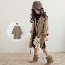 Coreano Lindo Niños Niñas Baratos-Everweekend Girls Button Cardigan de bolsillo Cute Baby Brown Color Sweater Lovely Kids Korean Fashion Otoño prendas de vestir exteriores