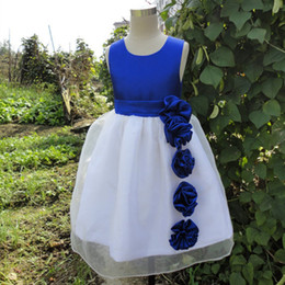 $enCountryForm.capitalKeyWord Canada - Real Image Royal Blue Flower Girl Dresses A Line Jewel Sleeveless Handmade Flowers Sash Satin Kids Gown for Wedding Party