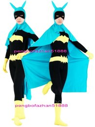 Barato Catsuit Azul Preto-Fantasy Superhero Outfit Black / Yellow Lycra Spandex Catwoman Suit Catsuit Costumes com Blue Cape Halloween Fantasia Dress Cosplay Suit P086