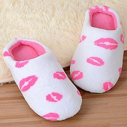 Discount lips shoes women - Wholesale- Home Anti-Slip Slippers Women's Lip Print Coral Velvet Indoor Shoes