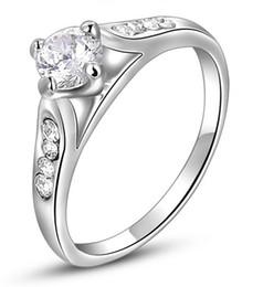 $enCountryForm.capitalKeyWord Canada - High quality Womens Brilliant Round Cut Crystal Engagement Wedding White Gold Ring Prong Set Promise Platinum Band