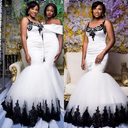 White Africa Laces Canada - 2018 Black and white Sexy Mermaid Prom Dresses Modest Scoop neck Lace appliques black girl south Africa celebrity Formal Evening Party Gown