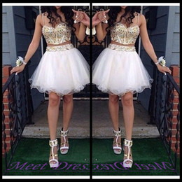 Barato Ouro Vintage De Contas De Ouro-2 Piece Ball Gown Homecoming Vestidos Com Ouro Beaded Straps Tulle White Short Prom Dress Sweet 16 Gown