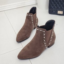 American Suede Shoes NZ - 2017 autumn and winter new European and American new shoes fashion flat shoes suede low-rivet Martin boots