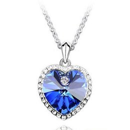 b78406061429 Corazón de la manera Collar Colgante de Cristal Austriaco Collar de Cadena swarovski  elementos joyería barato collar Para Mujeres 8084