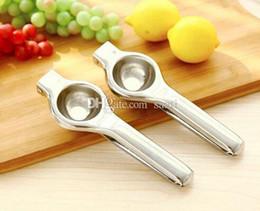 Discount metal lemon squeezer - Fashion Hot Lemon Squeezers & Reamers Fruit & Vegetable Tools convenient kitchen helper for orange lemon with stainless