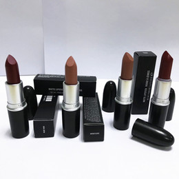 China 120pcs Good quality Luster Lipstick RUBY WOO CHILI VELVET TEDDY HONEYLOVE KINDA Frost Retro Matte Lipstick 3g with english name 18 colors cheap dark purple matte lipstick suppliers