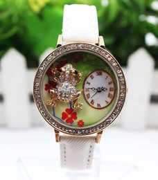 Blue Frog Glasses Canada - Fashion 2017 Luxury women leather frog flower roma design watches ladies Alloy Rhinestone Quartz Analog Watches for women ladies