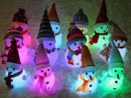 LED Noël cristal bonhomme de neige coloré veilleuse stands chauds cadeaux de Noël fête des fêtes habiller