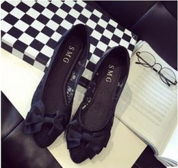 $enCountryForm.capitalKeyWord Canada - 2018 New Flat Shoes Lace Embroidery Mesh Women Shoes Bow Mesh Sandals Hole Shoes