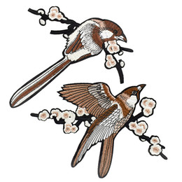Chinese  2PCS Magpie Patches for Clothing Bags Iron on Transfer Applique Birds Patch for Jeans Cloth Sofa DIY Sew on Embroidered Stickers manufacturers