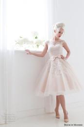 $enCountryForm.capitalKeyWord NZ - Vestido De Noiva Curto Cute Pink Scoop Neckine Lace Tea Length Wedding Dresses Short 2018 Cap Sleeve Bridal Gowns From China