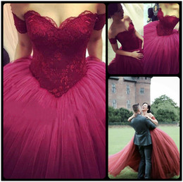 $enCountryForm.capitalKeyWord Canada - 2016 Burgundy Evening Ball Gowns Sweetheart Lace Appliques Puffy Skirt Floor Length Wine Red Saudi Arabia Prom Dresses Custom