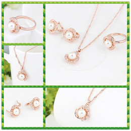 wholesale pendant sets NZ - Fashion Pearl Pendant Necklace+Earrings+Rings jewelry Sets with Austrian Crystal High-grade rose gold plated necklace stud ring Sets