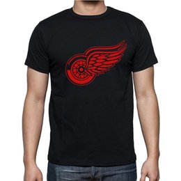 Barato Camisas T-shirt Grossistas-Venda por atacado-New Detroit Red Wings T-shirt algodão Big Tall Logo Moda Wings Hockey manga curta hip hop camiseta homem camiseta Camisa S-2XL