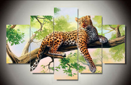Lay Figure NZ - 5 Panels Modern Art Large HD Leopard Lying Green Tree Top-Rated Canvas Print Painting for Living Room Wall Art Framed art F 430