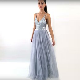 Barato Cinza Prata Vestidos De Baile-2018 Silver Grey Sequins Tulle Prom Dresses V Neck Spaghetti Straps Andar Comprimento Backless Evening Gown Custom Made Long Prom Dresses