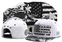 $enCountryForm.capitalKeyWord Canada - White Black Snapback Hats Popular Basketball Snapbacks Hip Hop Adjustable Caps Men And Woman PROBLEMS Cayler Sons Summer Adult Caps TYMY 266