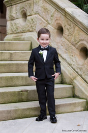 Costume De Satin Pour Garçon Pas Cher-Cute Couture 2016 Enfant Occassion Wear Page Boy Tuxedo pour les garçons Toddler costumes formelle (Veste + Pantalons + Bow + Shirt) Boy's Formal Wear