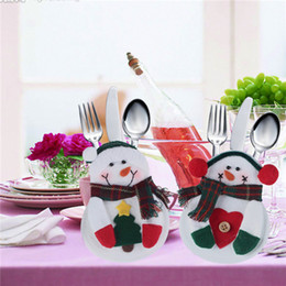 thin knives 2019 - Christmas Santa Claus Kitchen Cutlery Suit Silveware Holders Porckets Knifes and Folks Bag Snowman Shaped Holiday Gifts
