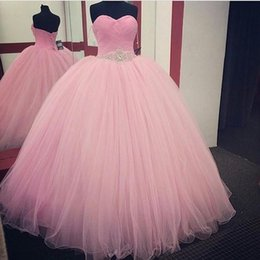 Barato Vestido Cor-de-rosa Do Querido Do Bebê-Sweetheart Ball Gown Vestidos Quinceanera 2017 Baby Pink Andar Comprimento Tulle Sash Com cristais frisados ​​Custom Made Prom Dresses Party dress