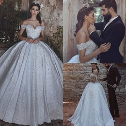Discount ship saudi arabia - Luxury Wedding Dress Free Shipping Saudi Arabia Appliques Beads Bridal Floor Length Off Shoulder Custom Made Lace Ball G