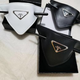 Wholesale Women Leather Triangle Hairpin with Stamp Black White Leather Letter Hairpin Fashion Hair Accessories High Quality