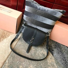 $enCountryForm.capitalKeyWord NZ - Designer Women Handbags high quality Shoulder Bags Classic Retro Saddle Bag Genuine Classic black Purses Diagonal Package Free shipping