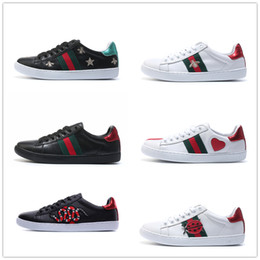 Wholesale with box best Designer Men Womens belt Bee Stripes Shoes White Ace embroidered sneakers chaussures scarpe Sneakers GUCCI